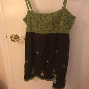Adorable crochet sleeveless top, Size Large
